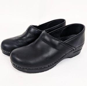 Dansko Slip On Leather Comfort Clogs 10 40 Black